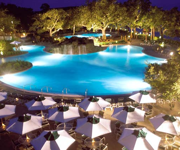 Grand Hotel Marriott Resort, Golf Club & Spa Rooms & Dining